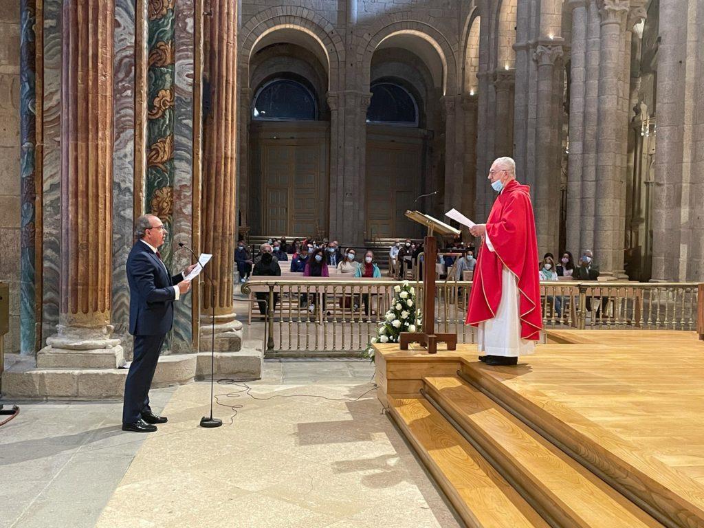 Francisco Loimil invocando al Apóstol